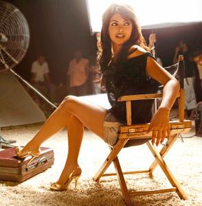 Priyanka Chopra - Official Website Promo - x1 HQ