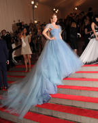 2010 Costume Institute Gala ( Бал института костюма ) - Страница 3 Th_86015_s_dk_metropolitan_museum_of_art_costume_institute_gala_in_nyc_20100503_19_122_350lo
