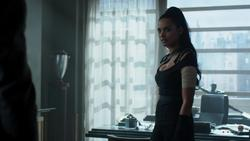"Jessica Lucas - Gotham: S02, E10 (2015) ""cleavage"" 