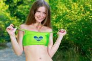 http://img243.imagevenue.com/loc390/th_368045582_Vivian23_123_390lo.jpg
