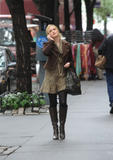 Кайли Дэфер, фото 100. Kaylee DeFer Filming 'Gossip Girl' in New York City - 13.10.2011, foto 100