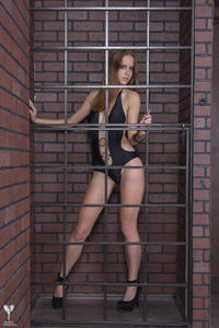 http://img243.imagevenue.com/loc73/th_542453355_tduid300163_silver_angels_Lana_swimwear_1_008_122_73lo.jpg